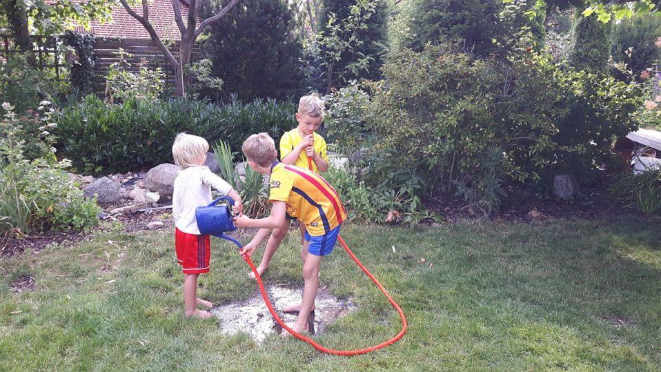 Einfache Kinderspiele Für Draußen Mit Wenig Aufwand Jede Menge